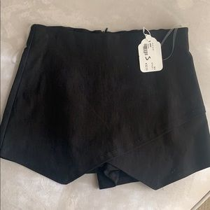 Blue blush skort new with tags
